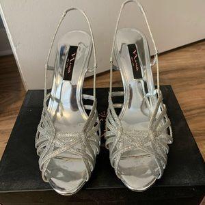 Nina New York sparkly open- toed heels